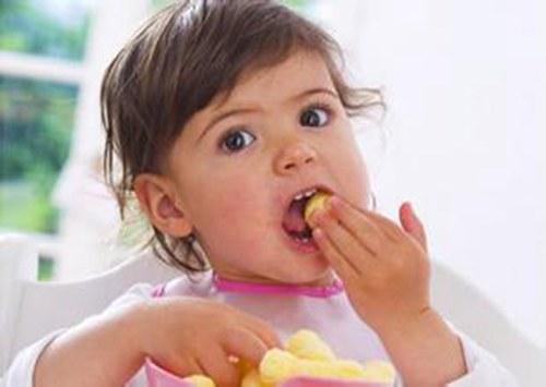 小儿肺炎的饮食注意事项