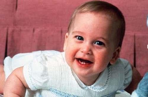 我儿子二岁肛内长有尖锐湿疣可以治疗吗?