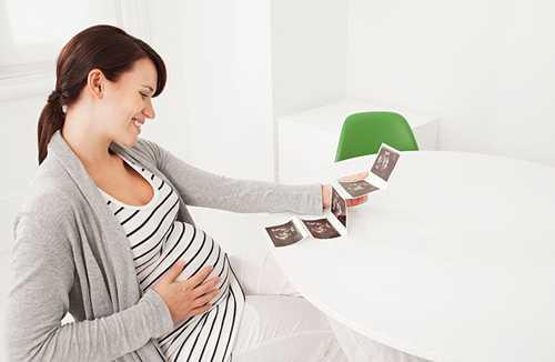 怀孕初期同房见红了