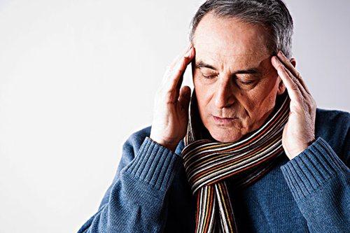 高血压引起的眼底出血如何治疗?