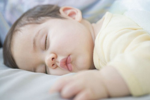 三岁小孩打呼噜!刚发现吃什么药能治好??
