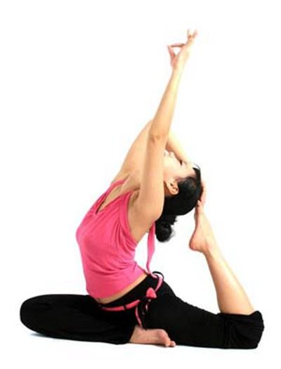瑜伽带你愈动愈美丽