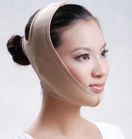 女子笑太过致下巴脱臼  1小时内急诊复位2次