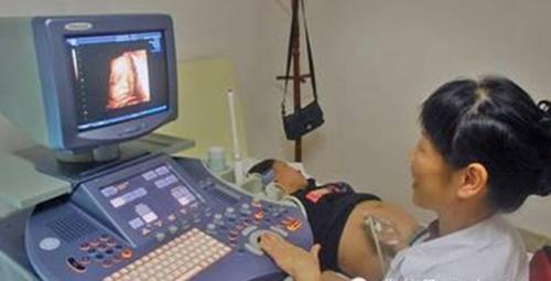 孕11周到诊所做性别鉴定,3月后胎儿没有右臂