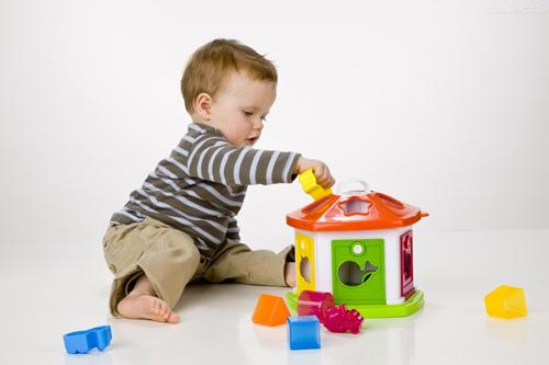 给学龄前儿童选择合适的兴趣班