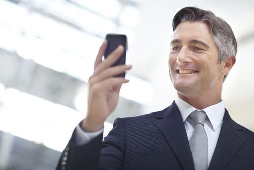 常用手机 或可导致不育