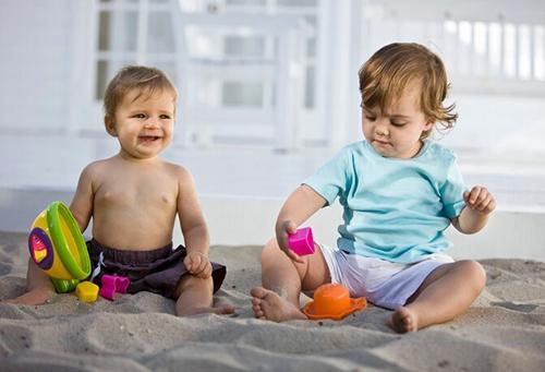 儿童益智玩具要根据年龄段选择