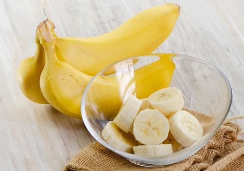 老年人适量吃香蕉好处多