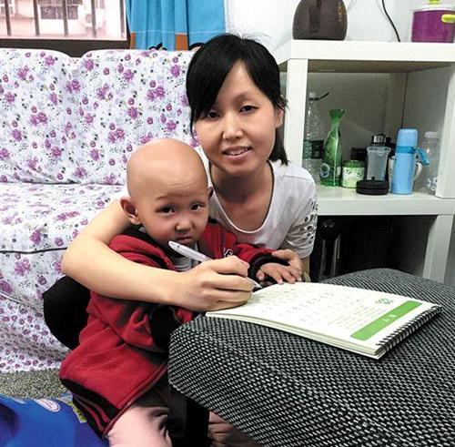 三岁女童患肾母细胞瘤 化疗12次再复发