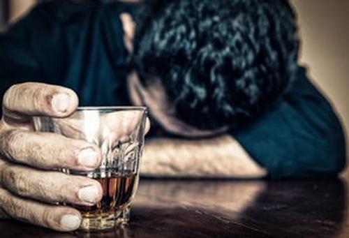 男人酗酒后行房的三大危害