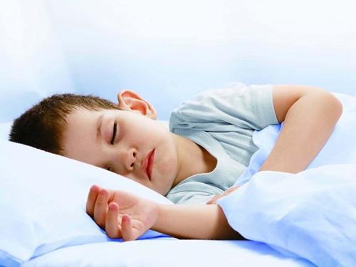 神奇小妙招让宝宝轻松自己睡