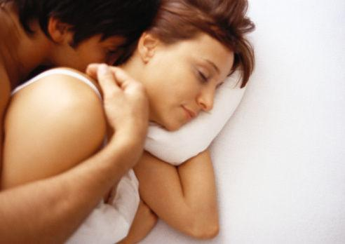 一夜七次并不是最好的选择,性生活太频繁的结果不是你能承受