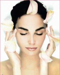 妇女更年期综合症的表现需小心保持情绪