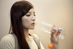 女性憋尿的坏处,憋尿可能产生的影响