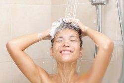 每天洗澡对身体好不好 一般人每天应洗1次澡